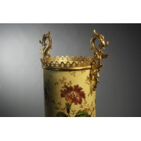 Vase made of earthenware from Luneville and gilded bronze