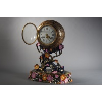 Clock made of polychromatic earthenware and gold. Louis MAJORELLE